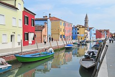 Burano (Juan Rubiano) Tags: italien original italy house color colour primavera water reflections boats boat nikon colorful europa europe italia european perspective cities colores canals ciudades housing colourful burano mediterrneo reflejos d300 canales rubiano perspectivas greatshots supershot withoutphotoshop topshots sinphotoshop sinretoques flickrsbest withoutedition springphotos artlibre holidaysvacanzeurlaub holidaysvancanzeurlaub superbmasterpiece travelerphotos 100original sinedicin withoutretouching sinhdr withouthdr leuropepittoresque purafotografa photopure juanrubiano wwwjuanrubianocom