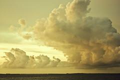 Taiwan,Penghu─Cloud (Johnson Hung) Tags: ocean sea sky cloud nature canon landscape roc eos scenery navy taiwan formosa 台灣 風景 penghu 澎湖 makung 馬公 450d canoneoskissx2 sceneryofpenghu