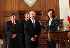 05-06-2014 Verizon to add 400 jobs in Alabama