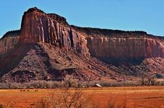 Ranching along Indian Creek (George Reader DC) Tags: utah moab desertlandscapes theneedles coloradoriverbasin indiancreekroad destinationsintheamericanwest