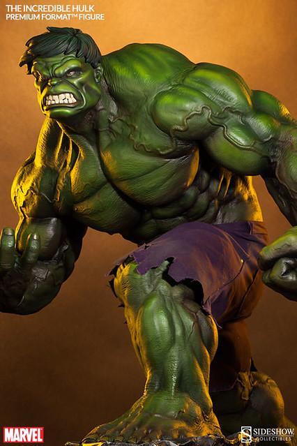 他身形龐大!他擁有綠色皮膚!他永遠憤怒!他是無敵浩克!!!