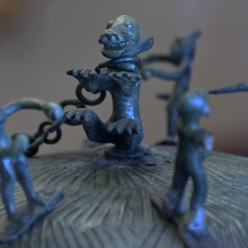 Bronze olla from Olmo Bello, Bisenzio: detail of chained monster