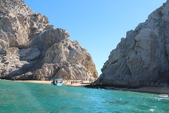 Lover's Beach (Doug Hof) Tags: sea vacation sun beach mexico boat cabo arch tourist resort iguana cabosanlucas riusantafe oceanbajapeninsula
