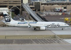 N453AS Boeing 737-990ER - Alaska Airlines (graham19492000) Tags: alaskaairlines b737 boeing737 phoenixskyharbour n453as