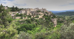 Gordes (Ratatouye) Tags: village gordes vaucluse lubron