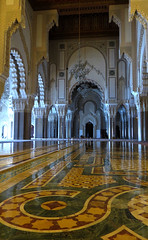 Hassan II mosque interior (macloo) Tags: architecture islam mosque morocco casablanca hassanii