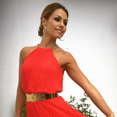 Lado in red! Maana en el blog/ tomorrow on http://ift.tt/1FNG62U domingo a todos!!!! #vestidorojo @mibuh #cintojoya #blogger #elblogdemonica #bloggers #blogdemoda #fashion #fashionblog #inspiration #inspo #eventos #trend #tendencia #streetstyle #happy #t (elblogdemonica) Tags: hat fashion shirt bag happy shoes pants details moda zapatos jacket trendy tendencias looks pantalones sombrero collar camiseta detalles outfits bolso chaqueta pulseras mystyle basicos streetstyle sportlook miestilo modaespaola blogdemoda springlooks instagram ifttt tagsforlike elblogdemonica