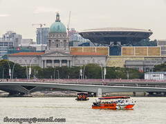 Marina Bay evening May '16 - Supreme Court old and new (knowenoughhappy) Tags: new old bridge sunset marina court bay boat duck singapore tour jubilee may tours supreme 2016