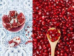 Granatpfel Love. (www.juliadavilalampe.com) Tags: red stilllife food love frutas fruits rojo comida kernels obst granadina granatpfel jugosa pepas