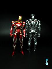 Bandai SH Figuarts Iron Man Mk 45 & Ultron Prime (Kev H) Tags: ironman marvelcomics bandai warmachine theavengers ultron shfiguarts