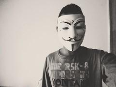#identidade #qual #sua #verdadeira (janielfernandes) Tags: qual sua identidade verdadeira