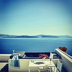 Hideaway in a peaceful haven of relaxation and calm and realize your dreams in view of the awe-inspiring caldera. Book La Maltese Oia Luxury Suites at www.bookingsantorini.com #santorini #oia #privatejacuzzi #luxury #suites #seascape #Aegean #sea #volcan (bookingsantorini) Tags: trip travel vacation holiday greek hotel mediterranean aegean traveller santorini greece villa cyclades greekisland travelgreece santorinihotels bookingsantorini