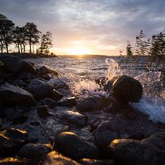 Otterbacken (*hassedanne*) Tags: hss otterbcken sweden sunset sliderssunday waves water splash 10