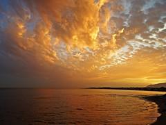 Atardecer (Antonio Chacon) Tags: sunset espaa atardecer mar spain andalucia costadelsol mediterrneo mlaga marbella