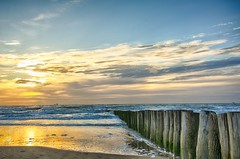 HDR Glow  Extrem (rupprechtsascha) Tags: sun holland hdr cadzandbad beachcadzandbadhdrlandmarkenmeersonnenuntergangstrandtageszeiturlaub
