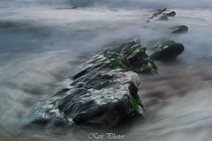 Mystic (Karolien Servranckx) Tags: sea espaa verde green water rock mar spain agua nikon roca barrika d3200