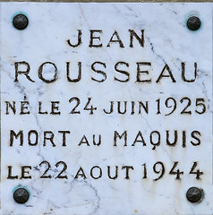 23090-16 - Gentioux (23) - ROUSSEAU Jean (Lumire-du-matin) Tags: rousseau ftpf resistant 3945 limousin gentioux genealogie plaquecommmorative cimetiere