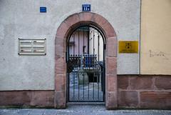 Knorrstrasse 11b-100NCD80 (irisisopen f/8light) Tags: city houses digital germany deutschland reisen nikon europa haus stadt farbe stdte nrnberg fachwerk huser timbered fachwerkhuser
