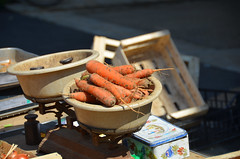 Carrots - Morlaix market (alderney boy) Tags: orange brittany scales carrot morlaix santec