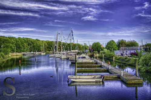 Milford Lisman landing Marine from the bridge a-