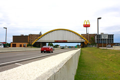 World's Largest McDonald's (-1badgmc-) Tags: road oklahoma sign route66 highway arch mcdonalds interstate worldslargest vinita i44 us66 interstate44