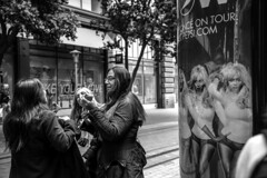 Untitled (dsaravanane) Tags: sanfrancisco california street ladies bw woman usa shop america shopping women sfo walk group talking streettalk d800 saravanan nikkor24120mm dsaravanane saravanandhandapani yesdee yesdeephotography