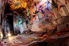Nilko + Nebay + Bugz (Chrixcel) Tags: de couleurs tag tags wc crime installation saturation flops scotch bugz scène monstres bombes cuvette nebay nilko