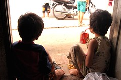 Cambodia (C.Lay6) Tags: poverty family children cambodge cambodia