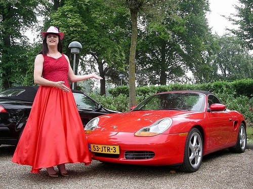 Red lady, red car