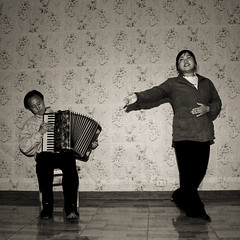 AIR A L ACCORDEON AU VILLAGE DE JUNG PYONG RI VILLAGE COREE DU NORD (Eric Lafforgue Photography) Tags: show wallpaper people blackandwhite tourism childhood youth square person kid chair asia child noiretblanc duo duet fulllength performance accordion korea tourists jeunesse communism asie coree papier enfant personne humanbeing chaise communisme hosting northkorea tourisme accordeon spectacle dprk enfance accueil carre tapisserie touristes blackandwhitepicture squarepicture enpied loger democraticpeoplesrepublicofkorea accueillir etrehumain cadrageenpied positionassise coreedunord rpdc sittingposition northhamgyongprovince republiquepopulairedemocratiquedecoree myongchoncounty jungpyongrivillage imagecaree