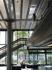(Marc Schneppensief) Tags: berlin architecture 60s university gallery interior interieur modernism galerie moderne transparency architektur column universitt tu 60er sule nachkriegsmoderne architekturgebude hermkes transpanrenz