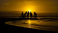 Cyclists chatting (Dreamcatcher photos) Tags: sunset sun beach water bicycle silhouette southafrica outdoors golden cyclist ngc capetown cycle sunsetbeach ripples chatting soe capeofstorms dreamcatcherphotos