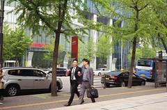 Business men in Seoul (heliarkorea) Tags: korea seoul kodakfilm leicam6 summicronc