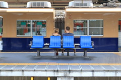 Couple - Hanshin Amagasaki Station (Ogiyoshisan) Tags: people station japan japanese couple railway  hanshin amagasaki