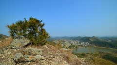 Gulucun - Mountain View (cnmark) Tags: china panorama mountain mountains nature forest landscape village view south scenic dirt roads  guangxi  allrightsreserved gulucun
