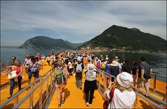 The Floating Piers (Maulamb) Tags: thefloatingpiers passerella lagodiseo montisola giallo
