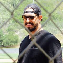 IMG_4441 (danimaniacs) Tags: man hot sexy guy smile hat beard nfl hunk cap scruff mansolo ebenbritton