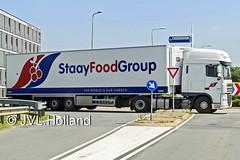 Daf XF 105  NL  StaayFoodGroup  160623-093-c1 JVL.Holland (JVL.Holland John & Vera) Tags: holland netherlands truck canon europe transport nederland nl vervoer dafxf105 jvlholland staayfoodgroup