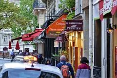 Taxi (AntyDiluvian) Tags: street trip paris france cab taxi strollers iledelacite 2015 ilesaintelouis