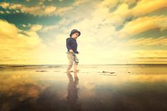 Sebastian 165 - Portobello Beach 02 (m@yphotos) Tags: light sea portrait people beach nature strand licht meer edinburgh availablelight natur menschen gb portobello schottland vereinigtesknigreich verfgbareslicht exposureandprocessing