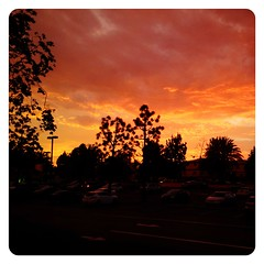 Orange Creamsicle. (infa_reds) Tags: california sunset orange color art evening eclipse losangeles dusk santamonica perspective socal 365 creamsicle pictureoftheday iphone picoftheday bestphoto 2013 365project uploaded:by=flickrmobile flickriosapp:filter=nofilter