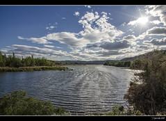 Laguna del Campillo (Pogdorica) Tags: madrid sol agua cielo nubes laguna rivas lagunadelcampillo