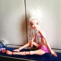 Elza (Alaskabody-dolls) Tags: original anna art fashion marie ball one israel fan doll dolls antique ooak kind fantasy clay wig corset bjd baroque hairstyle porcelain rococo jointed polymer fary alaskabodydolls hstory gechtman antinette dozdolls