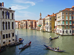 Canal Grande from Rialto Bridge, Venice, Italy (Ferry Vermeer) Tags: italien venice italy rialtobridge church water architecture veneza europ