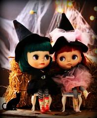Halloween Blythe-versations ...