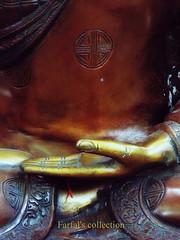 ESSENZA (Farfal's (Offissima)) Tags: yoga nikon buddha oriente anima infinito viaggio chakra hara corpo silenzio secondo pausa emozioni fisico ascoltare religioni limiti pancia meditazione curare esercizio sentire essenza essenziale versi risposte illimitato ilcorpo silente membra impercettibile curarsi amorepersestessi averecura farfalscollection ilsecondocervello poiilrestovienedase amoreconsapevole esperienzafisica aprirelatesta