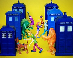 Scooby Who!! (DollyBeMine) Tags: show cute travelling monster toy tv funny action space character cartoon gang doctorwho 80s figure chase scifi 70s sciencefiction scoobydoo timetravel shaggy tardis mysterymachine chasing timelord policepubliccallbox vision:text=052 vision:flower=0553