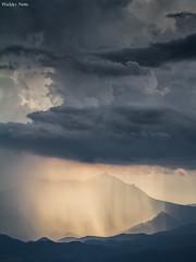 Luz e Chuva (Waldyr Neto) Tags: mountains serradaestrela montanhas petrópolis waldyrneto pedradalagoinha