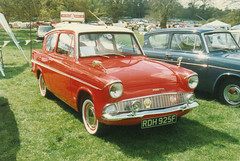 Ford Anglia - RDH 925F (Andy Reeve-Smith) Tags: show classic ford car shuttleworth luton anglia 105e lutonhoo