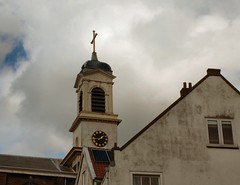 de Petrus Banden in Overschie (Gerard Stolk (retour de l'Occitane)) Tags: overschie kerk petrusbanden